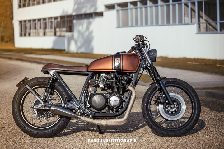 Made in 1978? Kawasaki Z650 #BratStyle by Wrench Kings. Quién diría que esta preciosa #Kawasaki tiene casi 40 años   caferacerpasion.com