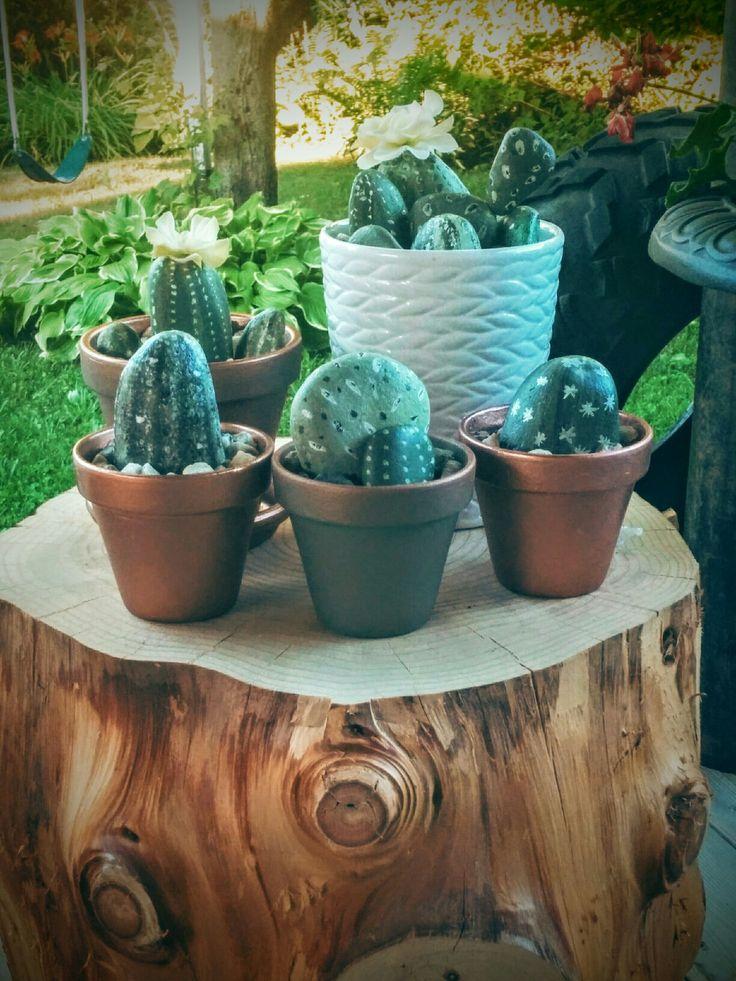 Ensemble de cactus Éternelle fait de galet peint main!
