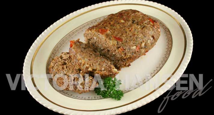 Doggie meatloaf for gracie, my dog with the pancreatitis, needs a high carb, low protein and low fat diet and preferably cooked food rather than raw. So I've been experimenting with recipes for her.