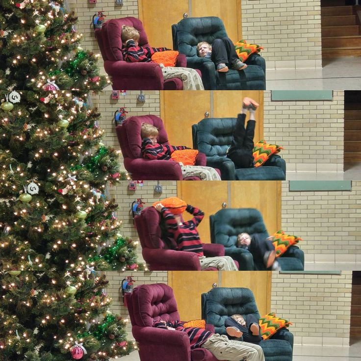 """""""The 4 stages of waiting for #santa and the missus to arrive... #Christmas party in #newcastle #wyoming. #family #outfam #kids #christmasgifts #love…"""""""