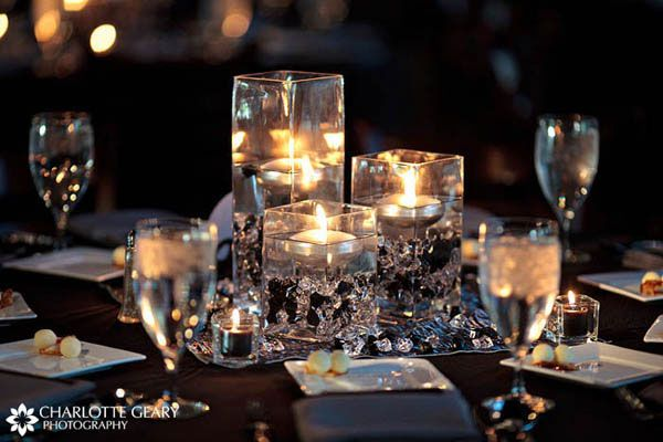 Floating candles are gorgeous.....: Centerpieces Ideas, Floating Candles Centerpieces, Candles Tables Centerpieces, Wedding Ideas, Table Centerpiece, Wedding Tables Centerpieces, Tables Centerpieces Wedding, Wedding Centerpieces, Diy Centerpieces