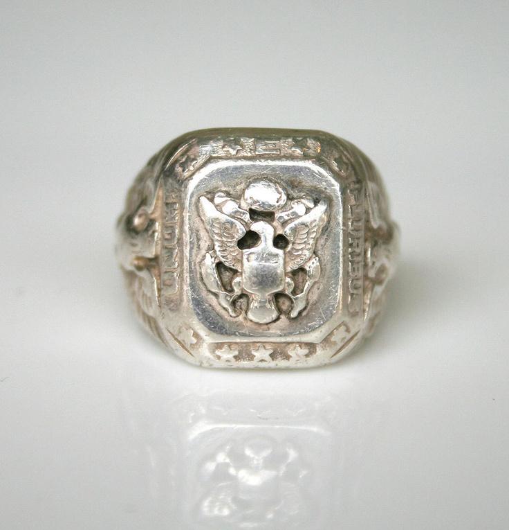 Vintage Army Ring E Pluribus Unum