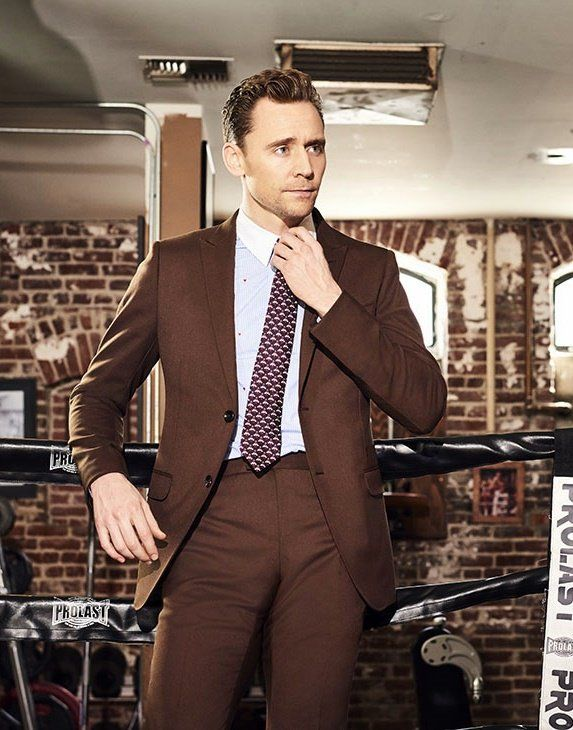 Tom Hiddleston by Eric Ray Davidson for The Hollywood Reporter. Via @HiddlesPage