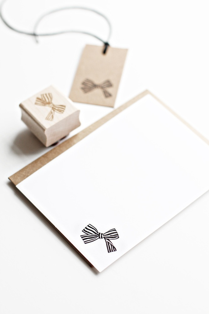 tiny striped bow rubber stamp