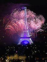 Fireworks at the 2014 Paris celebration of La Fête nationale or as we say, Bastile Day.