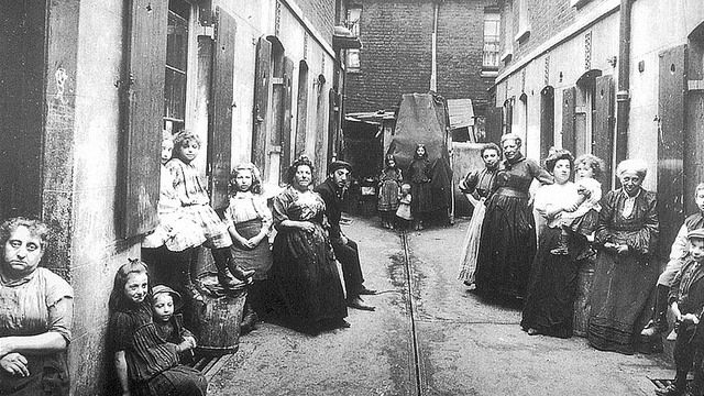 An alley in the Whitechapel area of London in the 1880s