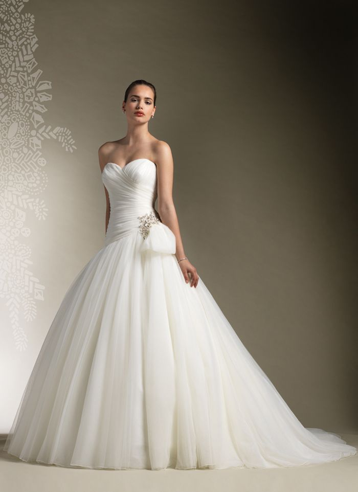 73 best Ball Gown Wedding Dresses images on Pinterest | Wedding ...
