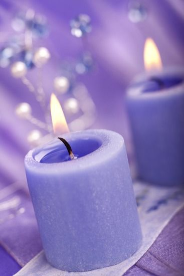 A candle to all my family members in heaven.....  mom, dad, grandparents, aunts... Aline ♥