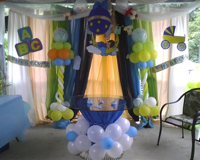 Baby shower: It's a boy!!! By my sister :)