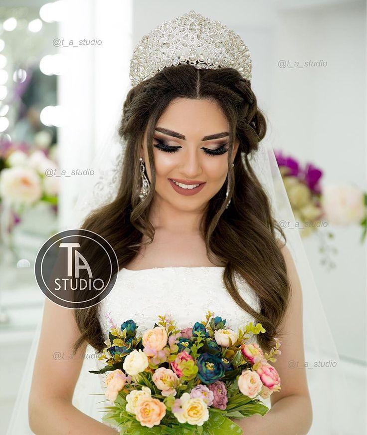 3 032 Begenme 8 Yorum Instagram Da Stilist Tunzale C Official Page T A Studio Diqqet Diqqet Eziz X Bride Hairstyles Wedding Hairstyles Bridal Hair