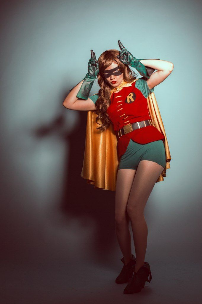 Aquaman By Unknown, Photography By demon00700 Spider-Man By Dustin Fletcher Bane By Megustaguy Superboy By TallSquall Rule 63 Robin By J-Jerichon Felicity Smoak From Arrow By Atlas Cosplay, Photography By Amaleigh Photography Jubilee By Cheebi,...