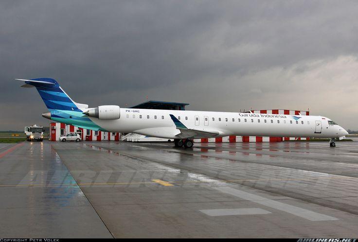 Garuda Indonesia PK-GRC Bombardier CL-600-2E25 Regional Jet CRJ-1000 NextGen aircraft picture