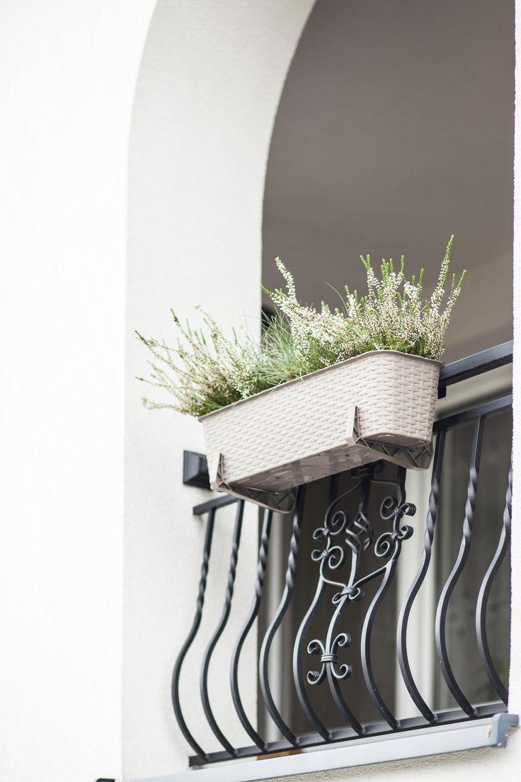 Doniczka balkonowa RATTAN 60cm, karmel