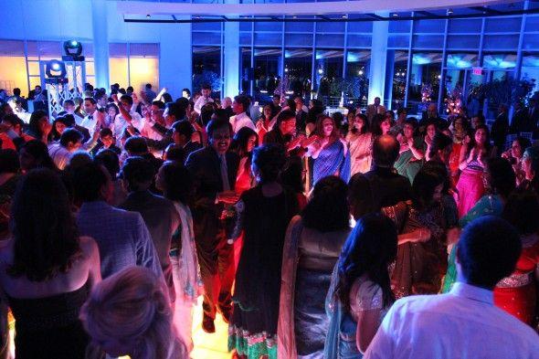 LED Dance Floor at an Esplanade Lakes Wedding - MDM Entertainment