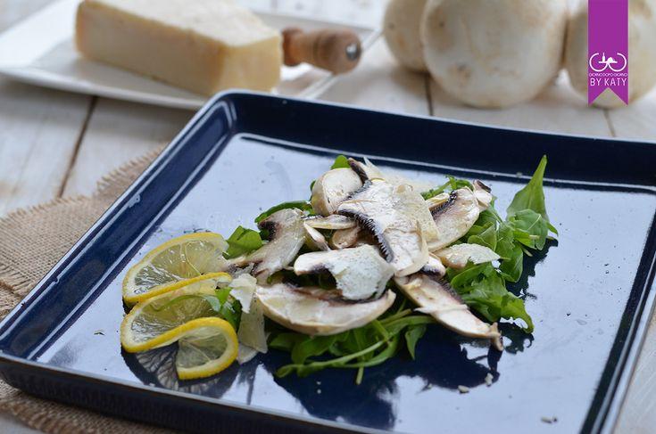 Insalata+di+funghi+freschi,+rucola+e+grana