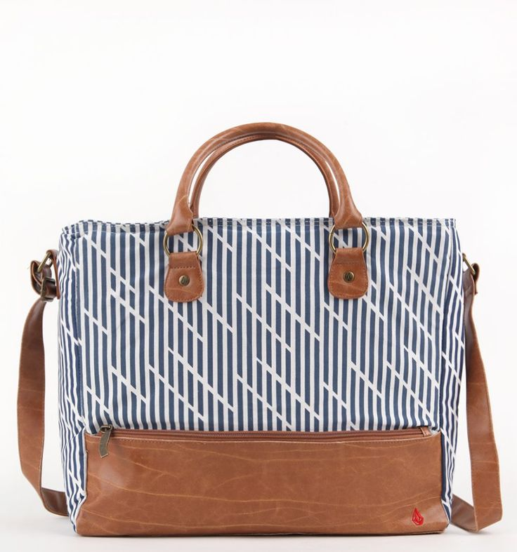 Volcom Fooled You Beach Cooler Bag  Cute