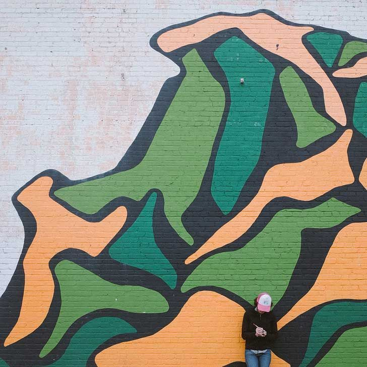 The Mothlight Asheville Street Art // localadventurer.com