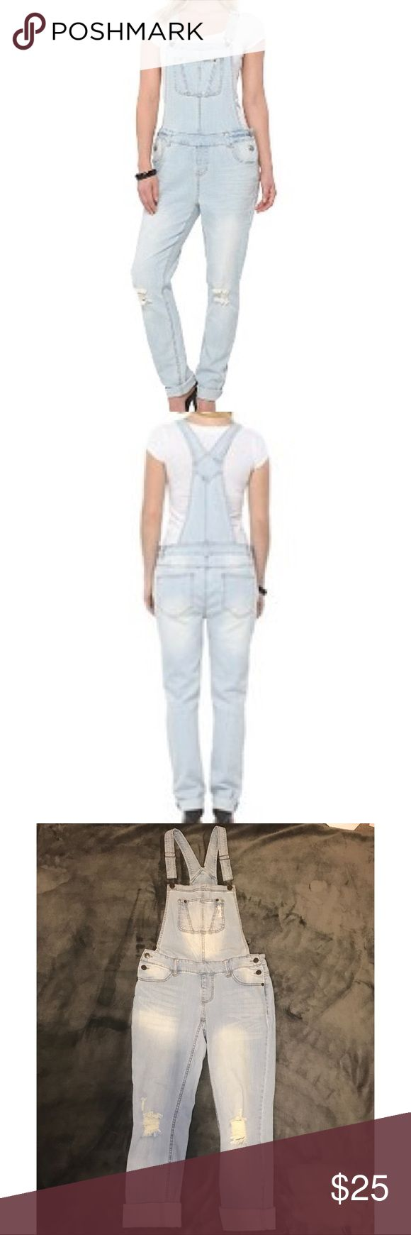 Mossimo Distressed Boyfriend Style Overalls Light wash distressed boyfriend style overalls from Mossimo! They have only been worn one time and are in perfect condition with no signs of wear. Selling because they're getting no use! 99% cotton/ 1% spandex material Mossimo Supply Co. Jeans Overalls