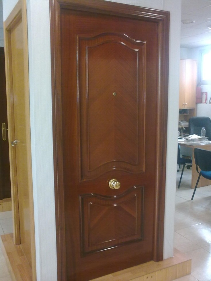 Puerta blindada modelo 83f sapelly puertas blindadas for Puertas sapelly