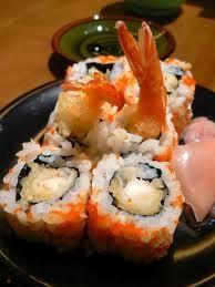 Resep Sushi:Udang Ebi Tempura Roll Ala Mas Bejo, aroma udang sangat khas dalam menu sushi yang satu ini bikin laper aja dengan perpaduan Krenyes renyah gurih bagian luarnya dan segar di bagian teng…