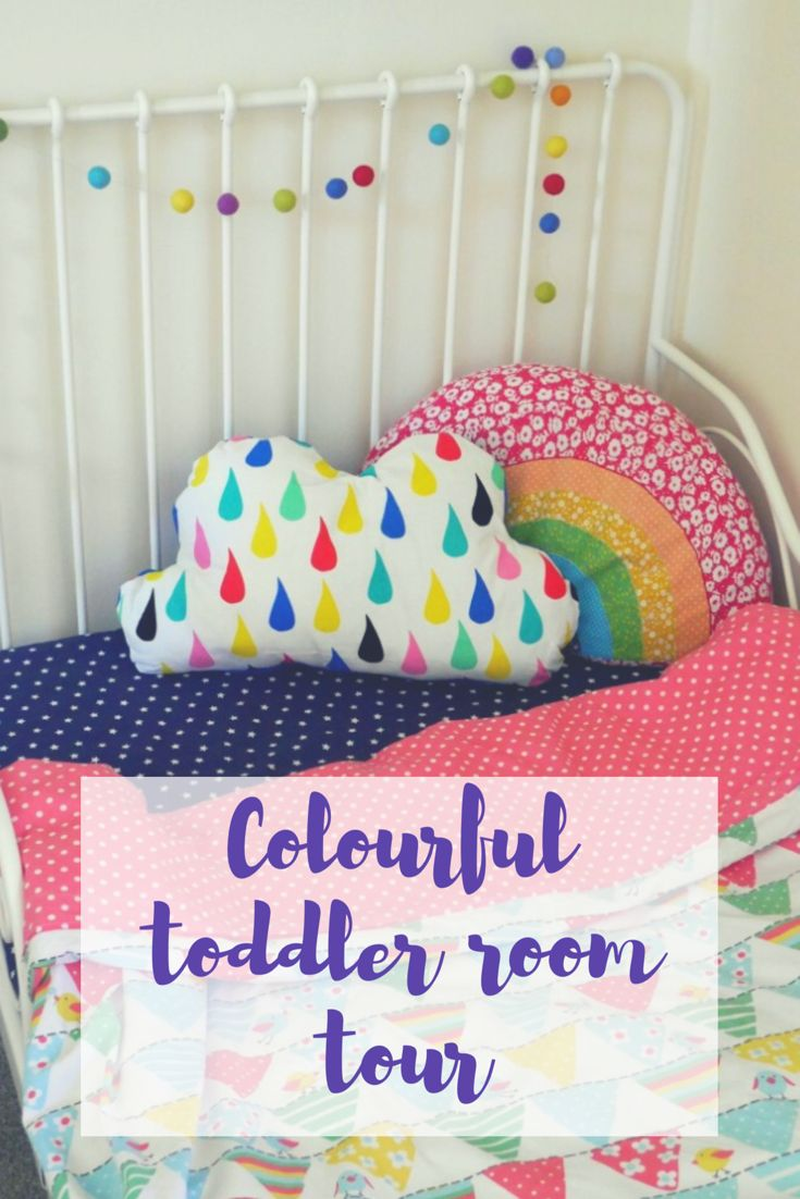 Bright, colourful and creative toddler room tour. With IKEA Minnen bed, colourful bed linen and creative IKEA hack bookshelves. Read this post for design ideas for children's rooms