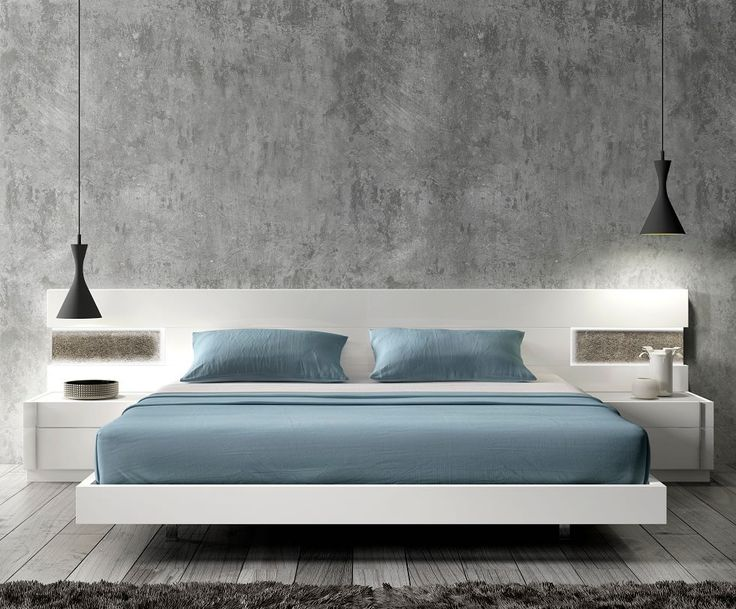 Amora Modern Bed In White Lacquer, Portugal
