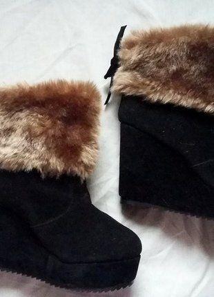 Kup mój przedmiot na #vintedpl http://www.vinted.pl/damskie-obuwie/botki/15806995-botki-na-koturnie-z-kozuchem