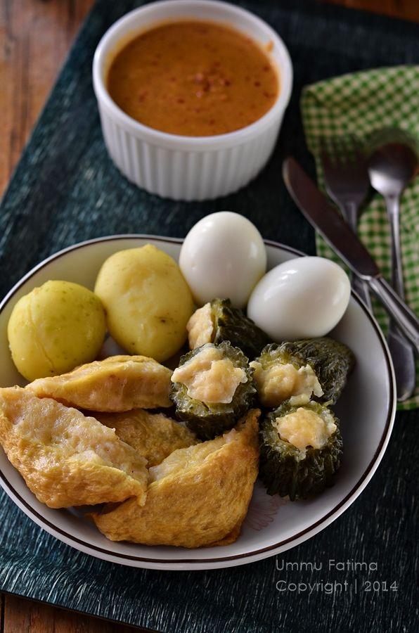 Simply Cooking and Baking...: Siomay Ayam Tahu