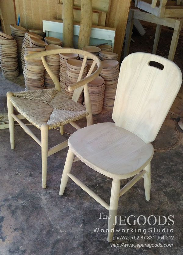 Sample of Scandinavian Retro chairs manufactured in Jepara Indonesia