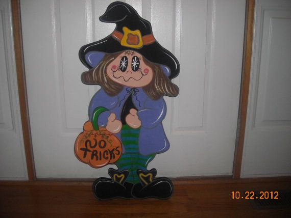 Wendy the Friendly Witch, Ready for trick or treating, Halloween Wood Lawn Ornament, Yard Art