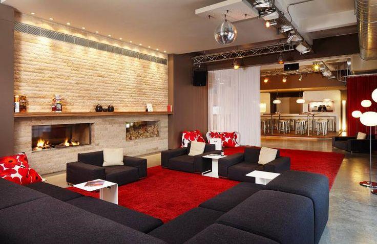 Wohnzimmer mit Eventbar Lounge Wohnzimmer with Eventbar