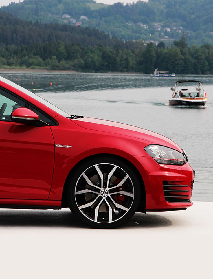 Every year at Wörthersee, Austria, there is a gathering of fans of the Golf GTI (Fuel consumption in l/100 km: urban 8.2-7.5 / extra-urban 5.4-5.1 / combined 6.4-6.0; CO2 emissions in g/km: 147-139; efficiency rating: D-C). Amazing cars, car enthusiasts and tuning fans from all over the world create a unique and amazing atmosphere. If you want to relive the best moments of 2015 and get in the mood for 2016, check out the official GTI Wörthersee Tumblr!