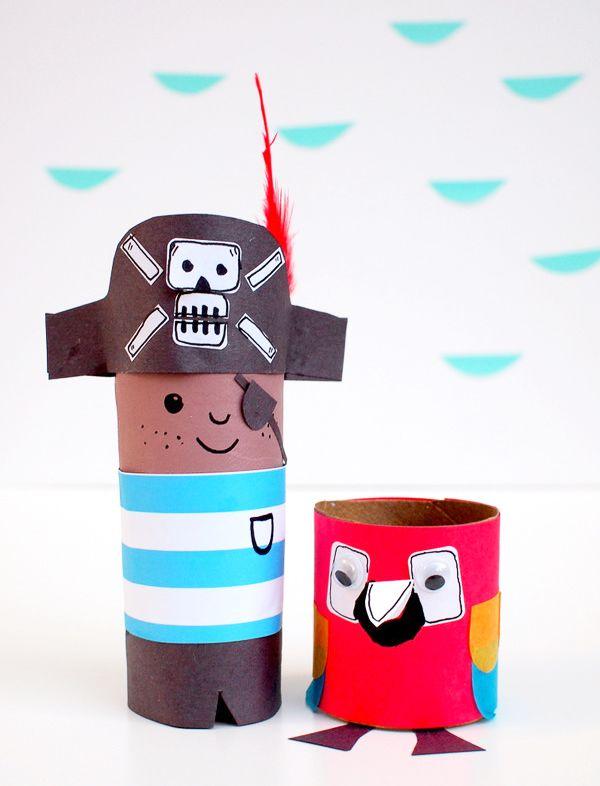 Поделки из втулки от туалетной бумаги: пират и попугай