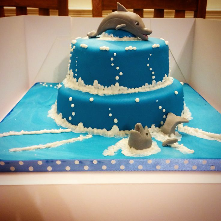 Miss P's dolphin birthday cake.