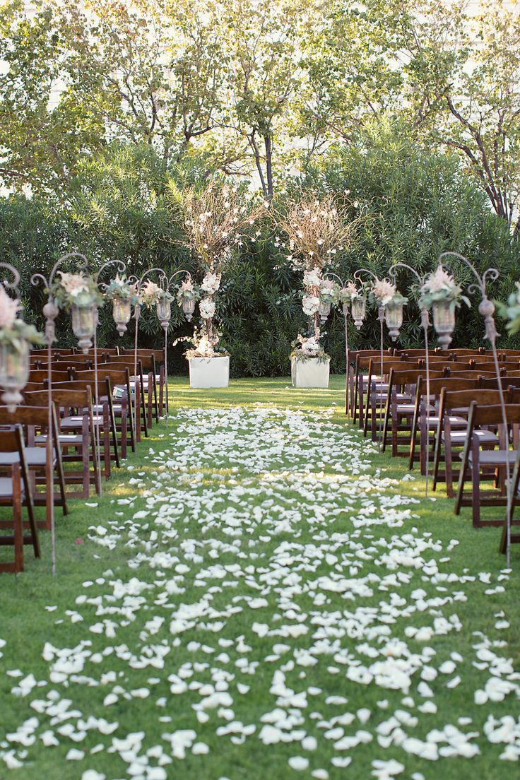 Best 25+ English Garden Weddings Ideas On Pinterest