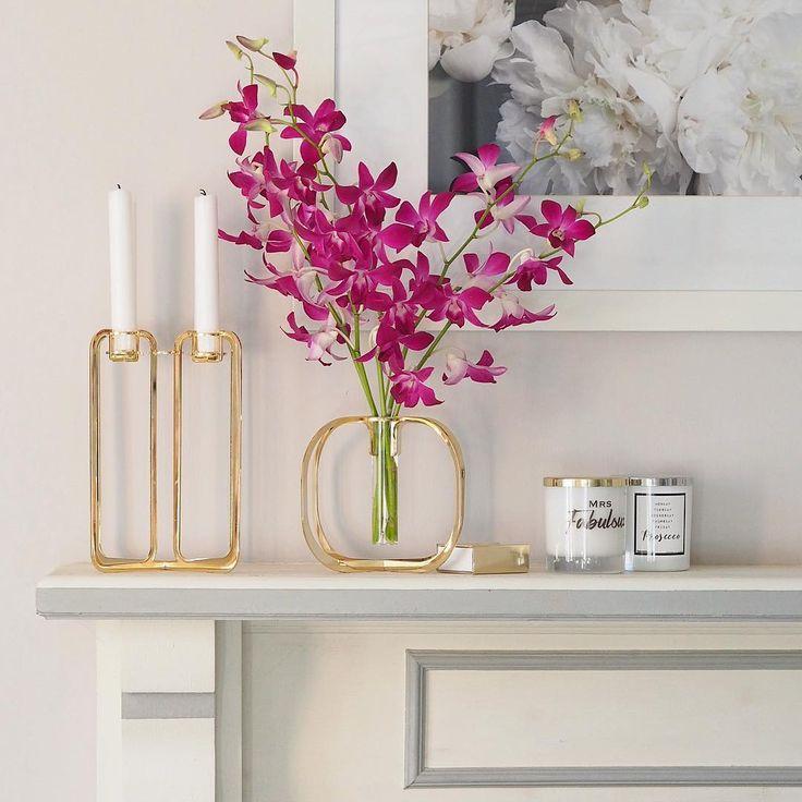 Golden One flower vase & Quartet candelabra / Photo by @lustliving