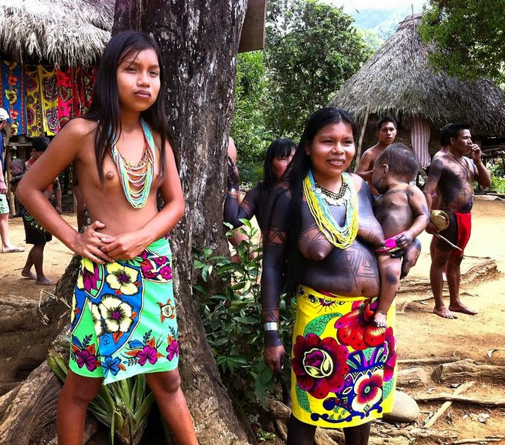 women-peeing-mexican-tribal-teen-vintage