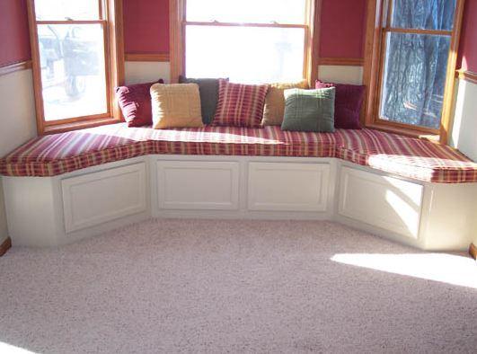Bay window seat storage