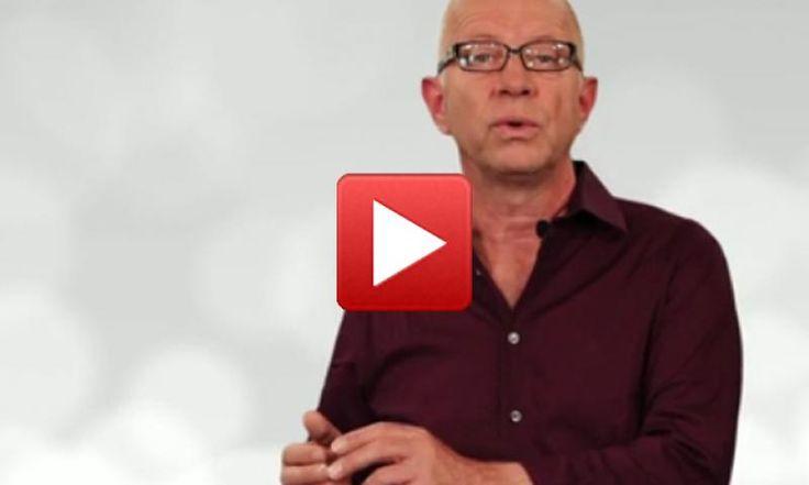 Dem Bauchgefühl vertrauen oder besser auf den Verstand hören? In diesem Video plädiert Robert Betz für Bauchgefühl und Herz, um glücklich zu werden.