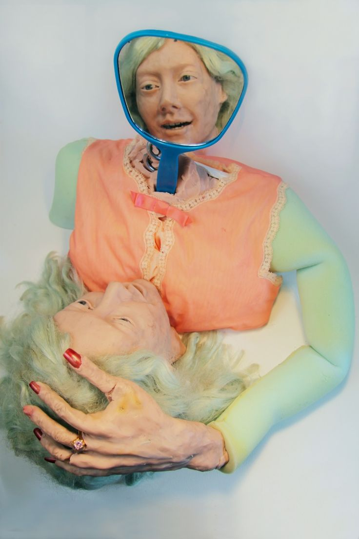 Monica Cook: viscosidad y sensualidad