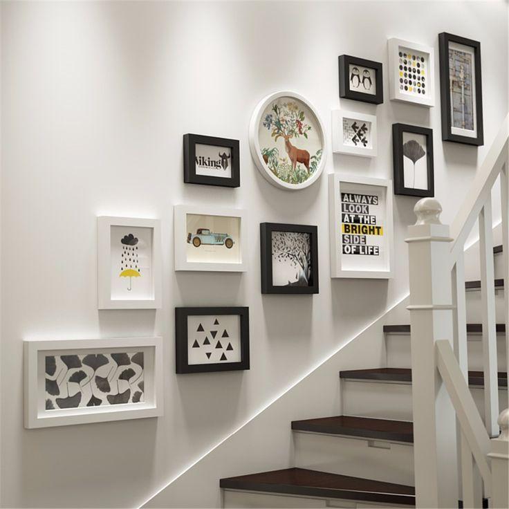 Resultado De Imagen Para Disenos Portaretratos Para Escalera Decoracion De Escaleras Interiores Decoracion De Pared Decoracion De Pared De Escalera