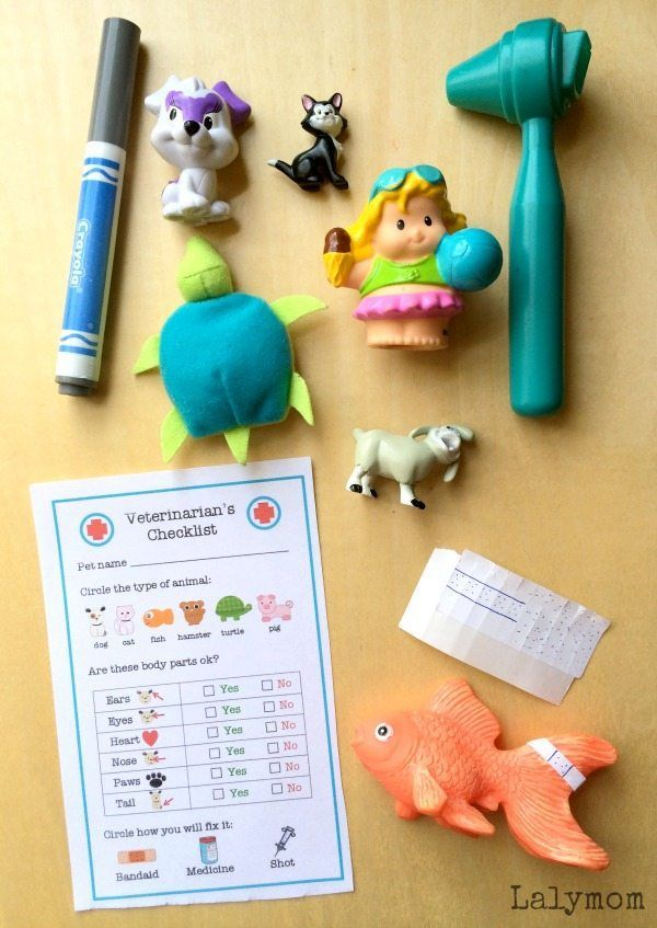 3 Pretend Play Busy Bags for Preschoolers