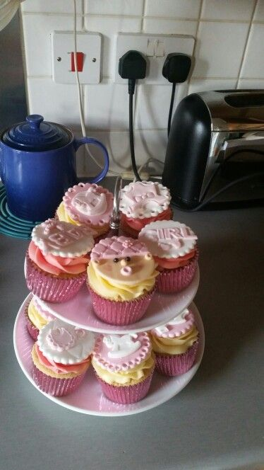 Cakes for my niece's baby shower