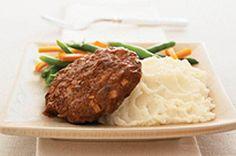 Cette recette de bifteck éclair est un classique à essayer absolument. Son secret? Le mélange à farce. Ajoutez-y de la purée de pommes de terres et des légumes vapeur pour en faire un repas bien spécial à la maison.