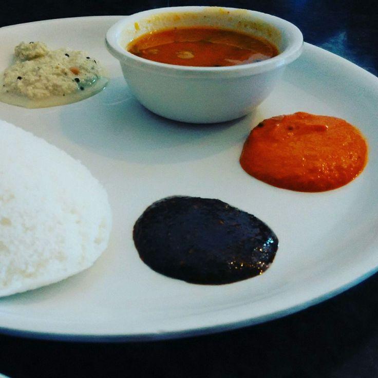 The softest Idlis I've ever had! #Kodaikanal #Travelogue #Travel #Food #Foodie