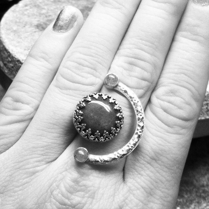 Floating silver ring by Ruth Laila Steffensen   https://www.facebook.com/ruthlailadesign/  Instagram: ruthlailajewellery