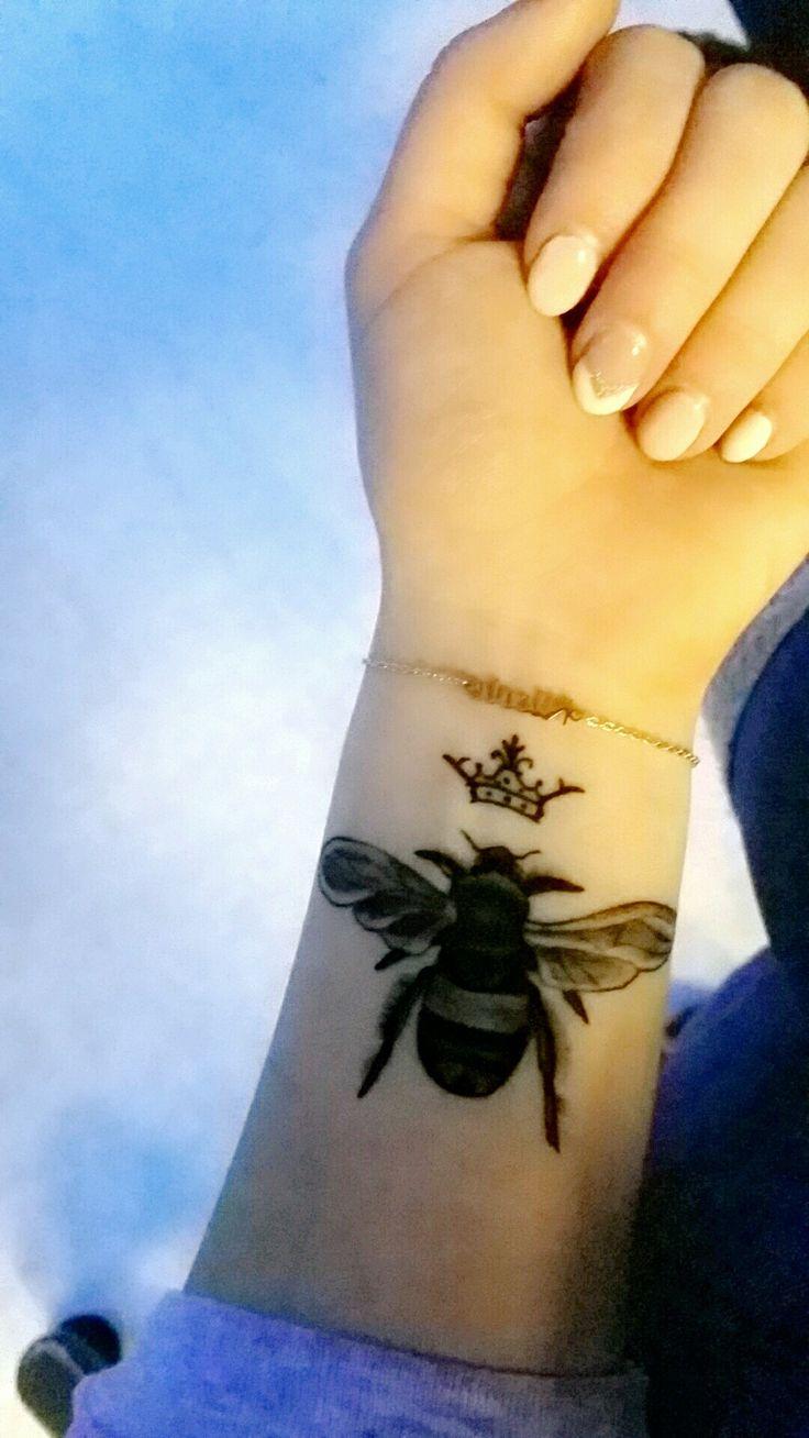 Queen Bee Tattoo Best 25+ Queen ...