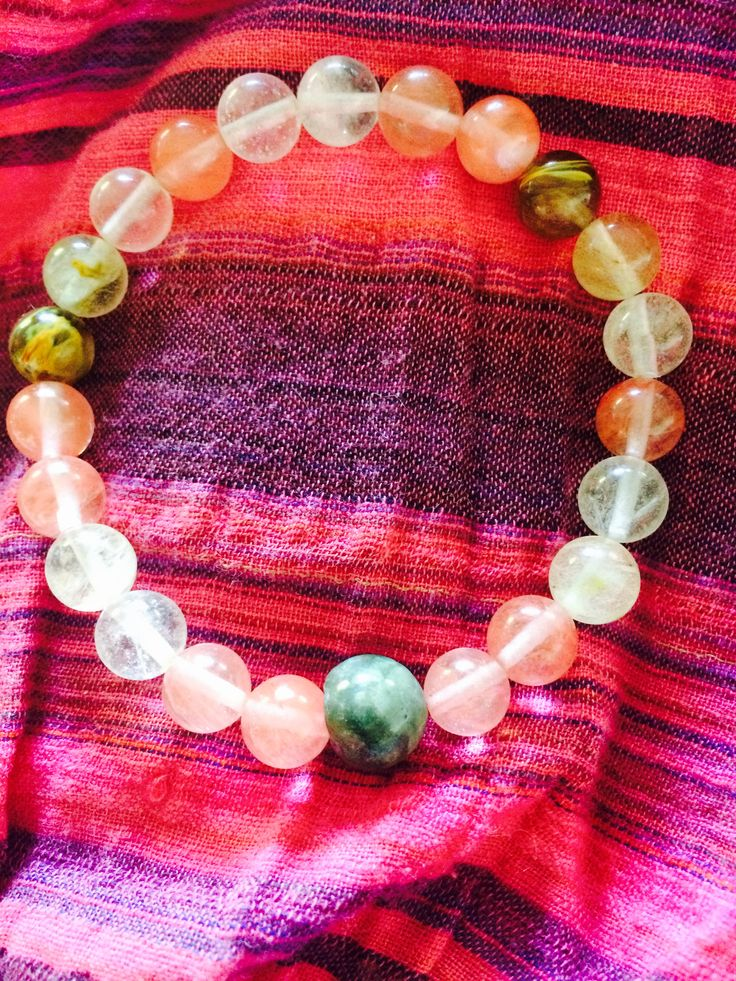 Meditation Mala bracelet Watermelon tourmaline & Jasper Balancing yin and yang and atractiv love. Can be ordered on my homepage or by sending an e-mail to kyogaasker@gmail.com
