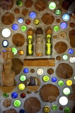 cordwood walls with upcycled glass bottles