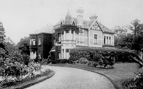 "Chislehurst, Chatswood 1913 owned by Edward Carr Hordern. He was the grandson of the retailer Anthony Hordern jr. The Horderns owned many impressive properties in Sydney and the Southern Highlands. This house was owned by Edward Carr Hordern. He named it ""Chis..."